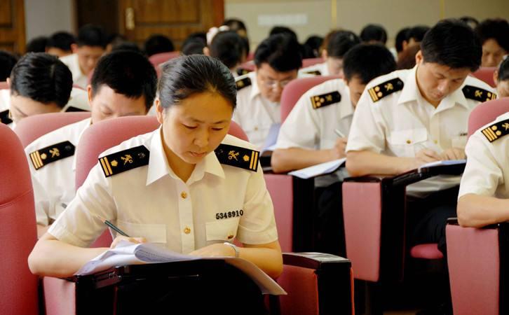 """公示!济宁4人3单位入选全省""""人民满意的公务员和集体"""""""