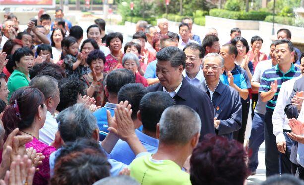 青岛上流佳苑——与院士做邻居 日子越来越好,居民邀总书记喝啤酒吃蛤蜊