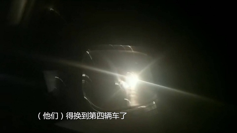 57秒丨县界非法采砂太猖狂!问政记者深夜调查遭多车围追堵截