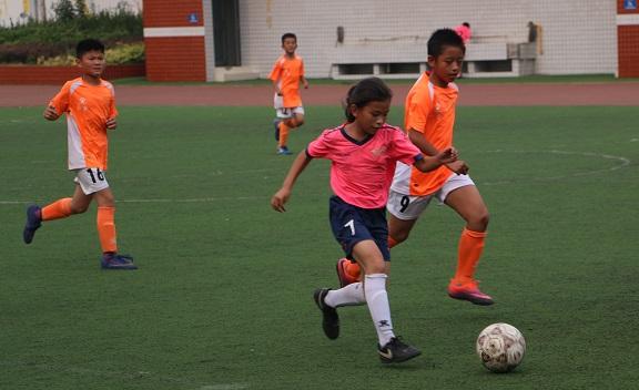 培养足球后备人才  济南市小金小学校园足球踢出名堂