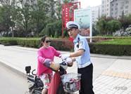 临朐开展电动车违法专项整治 首日纠正各类交通违法行为1200余起
