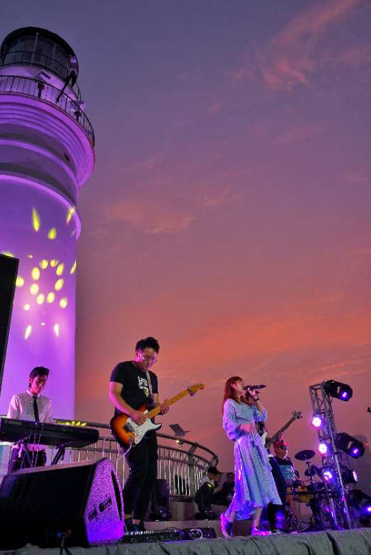 着力打造夜经济 青岛市市南区音乐酒吧街三地同时启幕