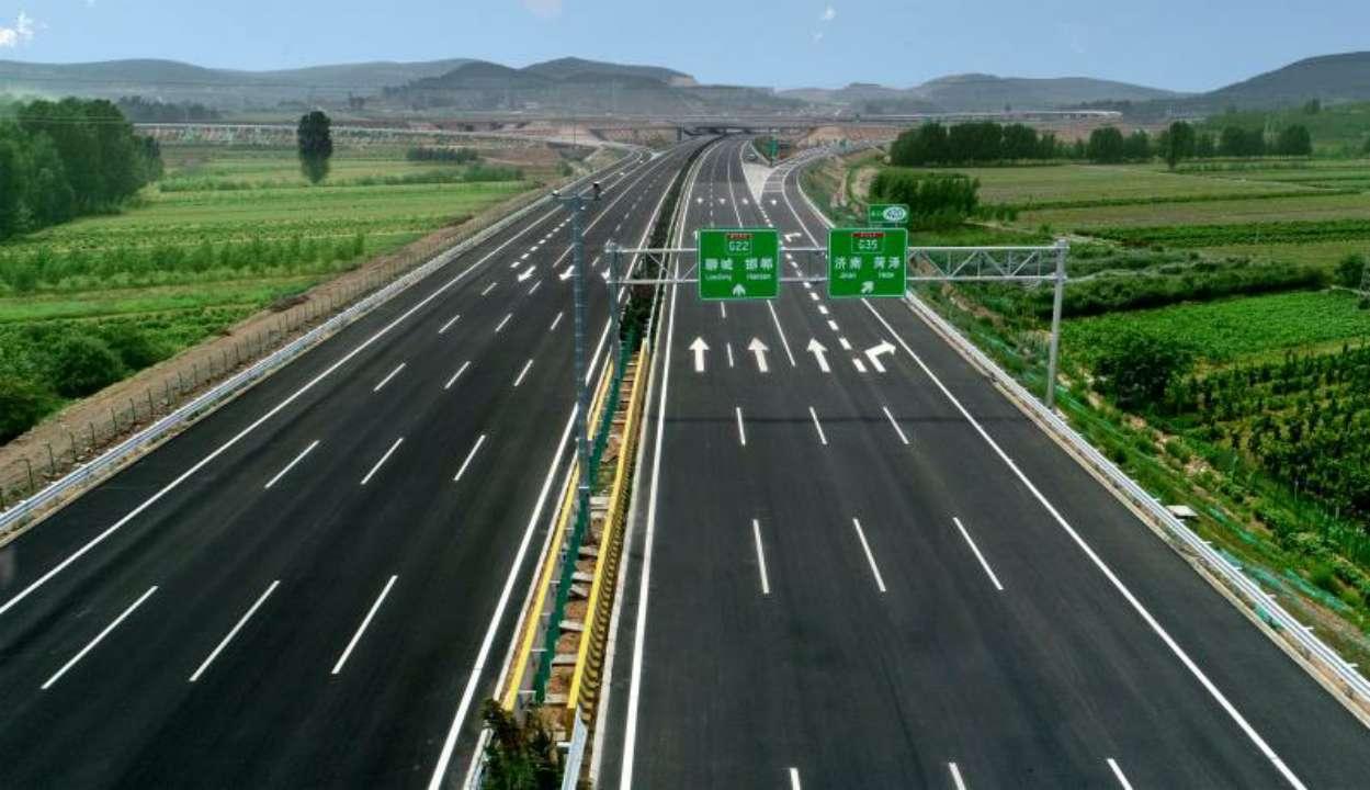 泰东高速主线提前6个月建成通车泰安至平阴行车缩短为1小时
