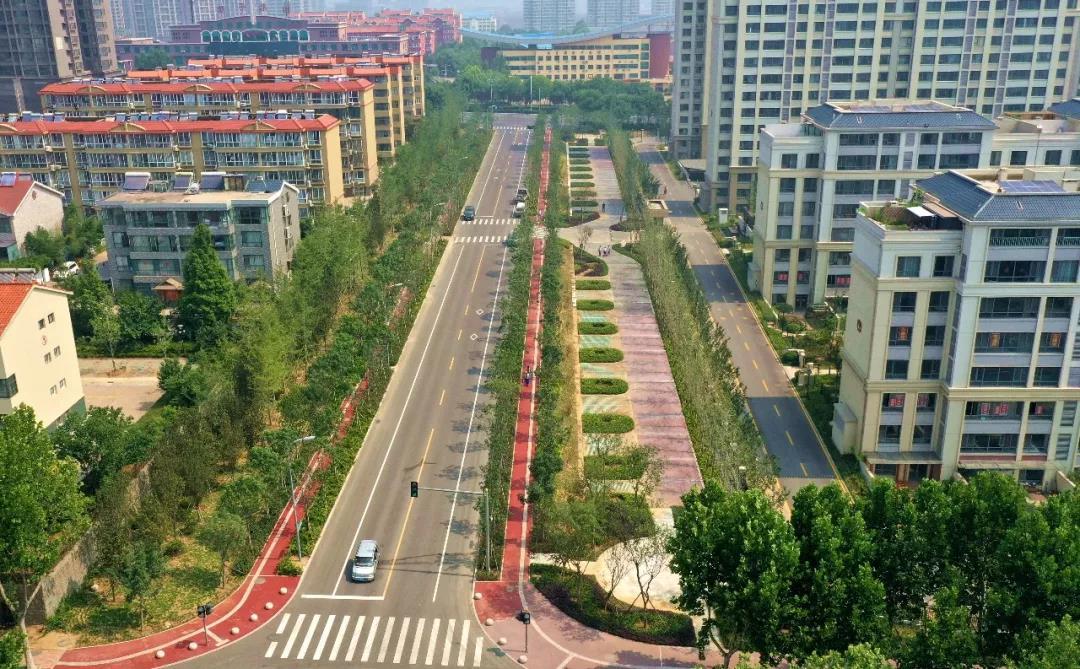 东港区城建工作累计完成投资3亿元 建设16条市政道路17处公园绿地