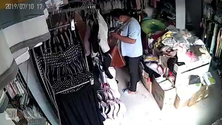 24秒|滨州一女子偷内裤动作娴熟 监控拍下全过程