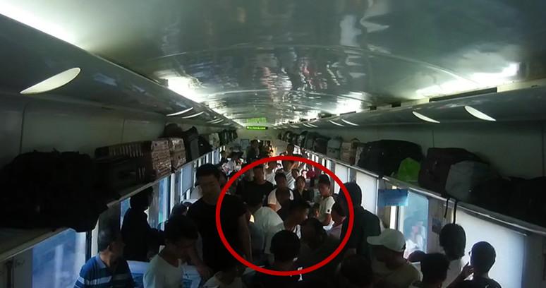 打人又闹事!一男子列车醉酒滋事被拘留