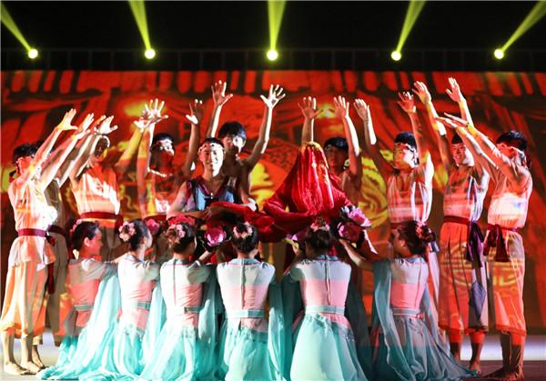 組圖:《山海靈》實景演藝再掀暑期熱潮 獲觀眾認可拍手稱贊