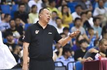 吴庆龙透露青岛新赛季目标   月底前基本完成队伍调整