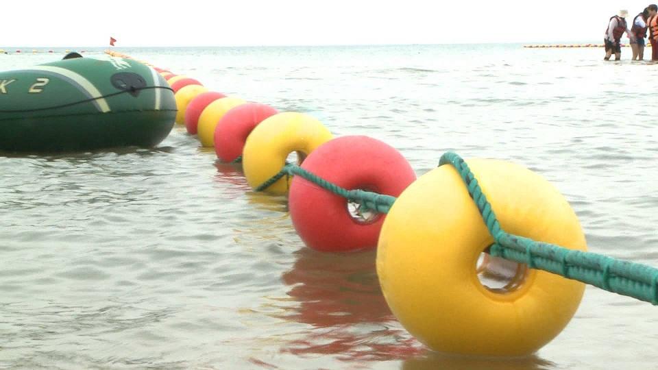 38秒|1500米防鯊網、緊急救助站……威海國際海水浴場有新變化