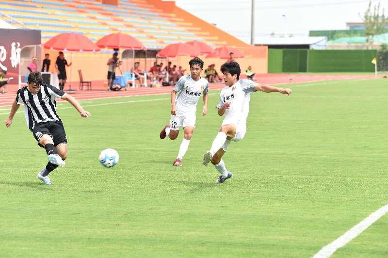 潍坊杯:河北华夏1:10巴西桑托斯 遭遇两连败