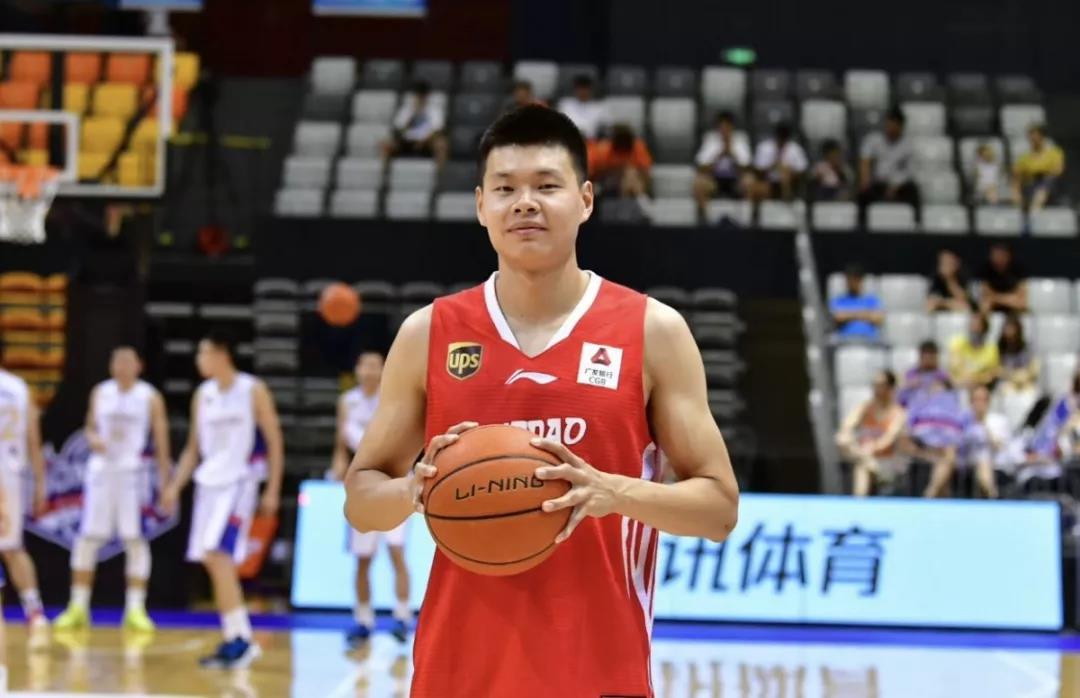 官宣:赵大鹏加盟青岛国信双星篮球俱乐部