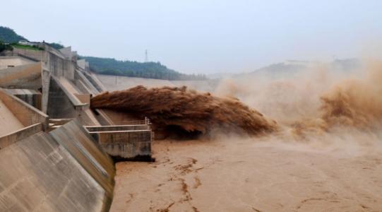 黄河山东段将迎大流量过程 黄河河务局紧急部署防汛工作