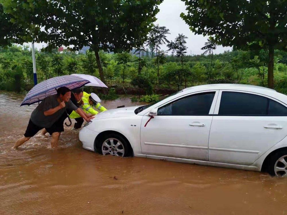 最新!济南这12处道路积水路段实行积水交通管制