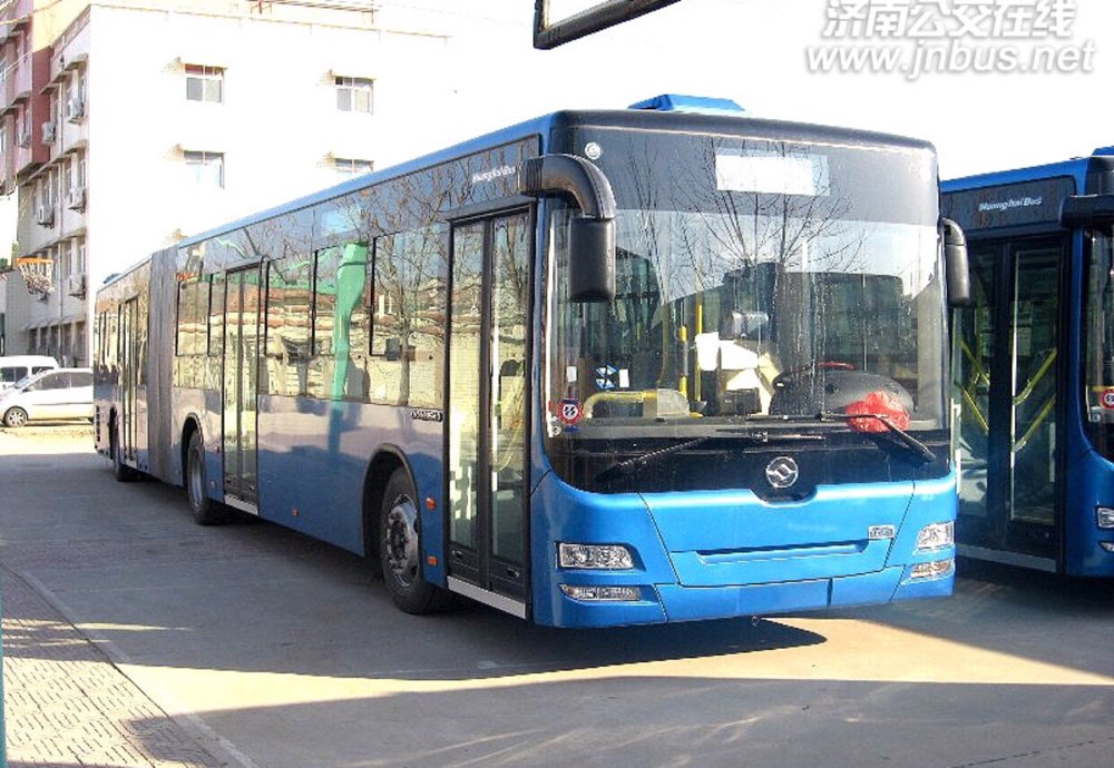 济南公交K220路、T29路开通试运行