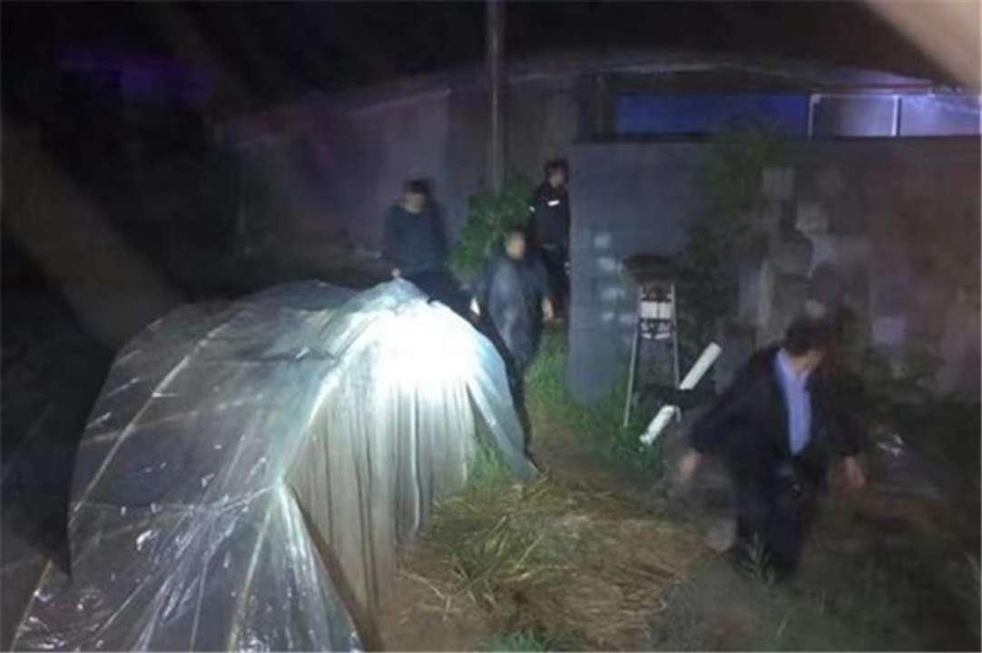 坚守在第一线!潍坊寒亭区昨夜紧急安全转移11个村万余群众