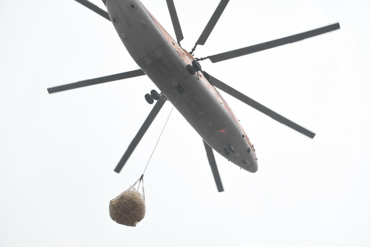 世界最大单旋翼米26直升机寿光增援 两百多吨砂石封堵张僧河决口