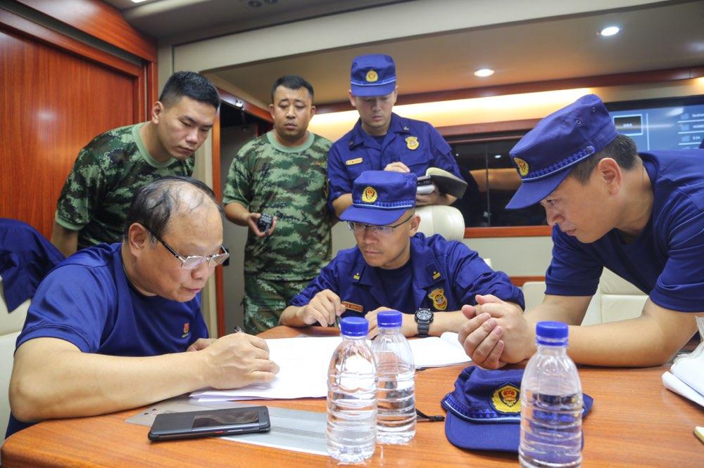 调集11个支队13套远程供水系统,山东消防救援总队全力应对马桥镇内涝