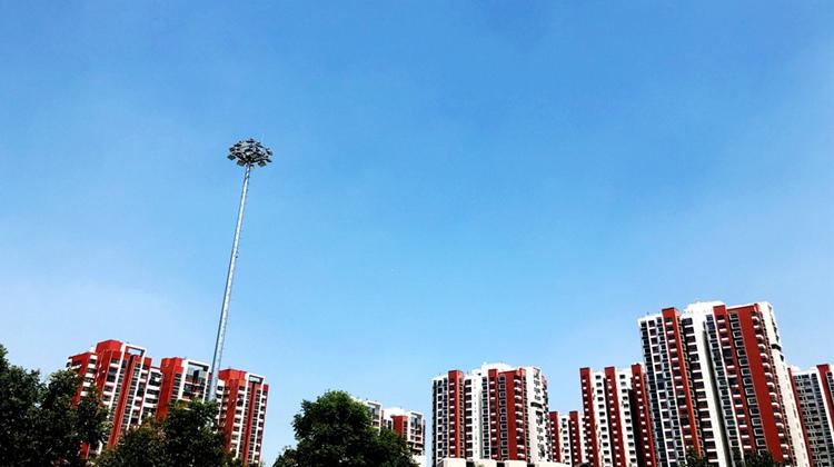 """晴空万里 """"济南蓝""""再次上线 泉城上演高颜值"""