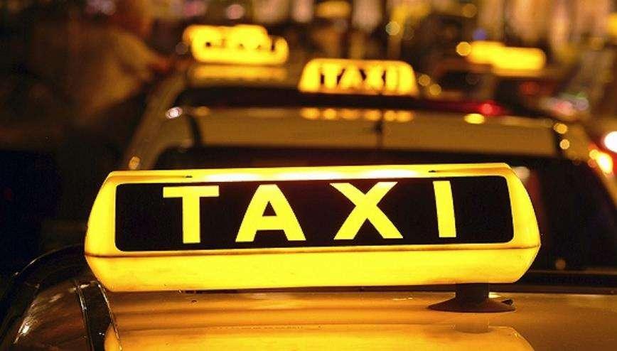 有猫腻? 同样的路程,济南新能源出租车车费比普通多不少