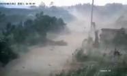 威海文登区两村庄遭遇龙卷风 当地转移200多人并迅速展开灾后自救