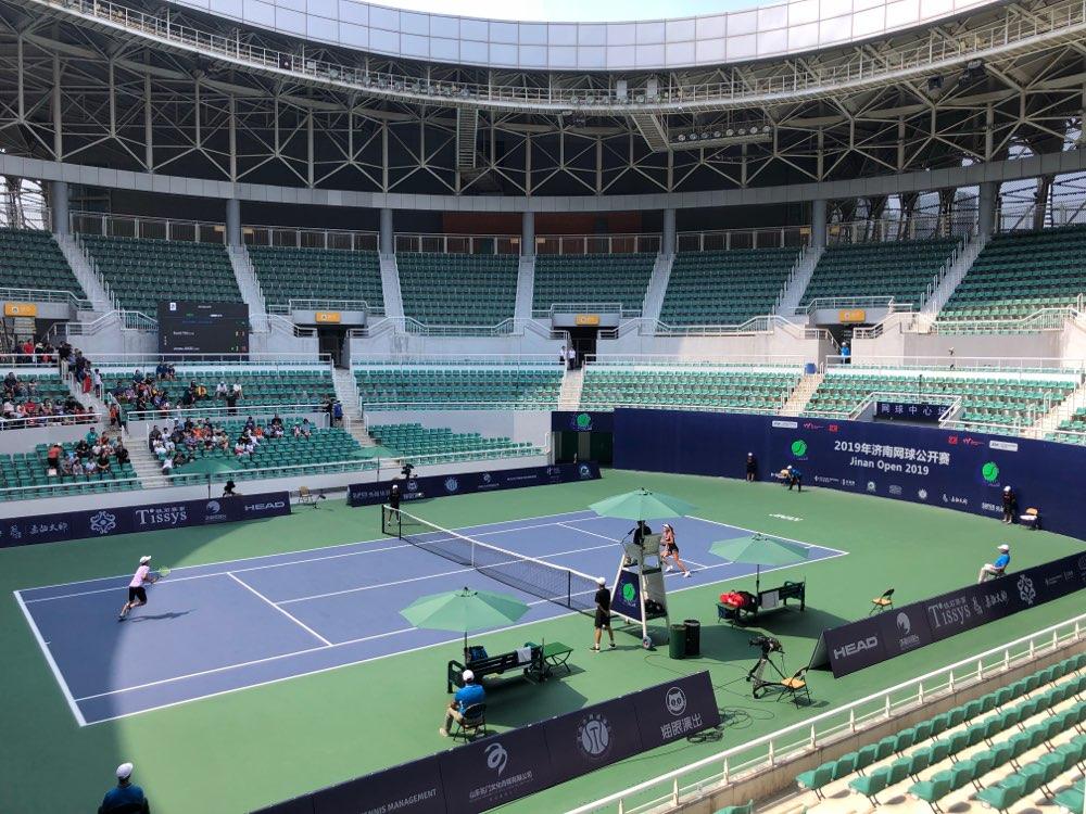 尤晓迪横扫麦克菲夺得济南网球公开赛女单冠军
