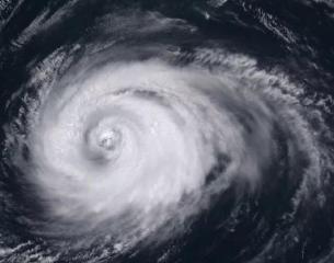 """海上大风警报!台风""""玲玲""""向东北移动 山东解除台风橙色预警"""
