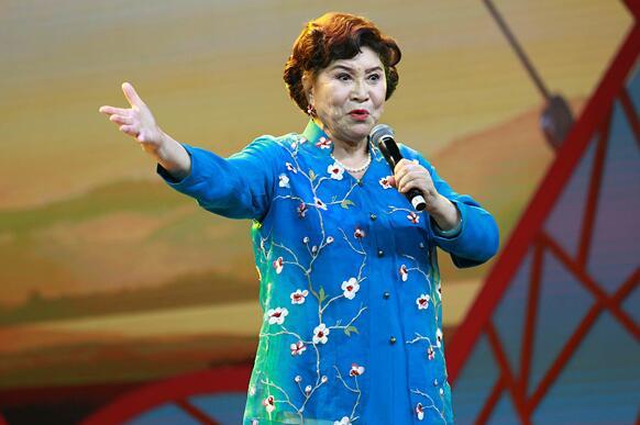 75岁依旧宝刀未老!刘兰芳:民族传统的东西是中华民族的根