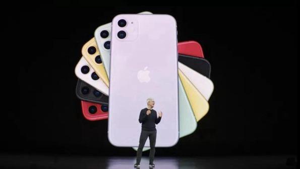 """准备好钱包 """"浴霸""""三摄像头的苹果iPhone11要来了"""