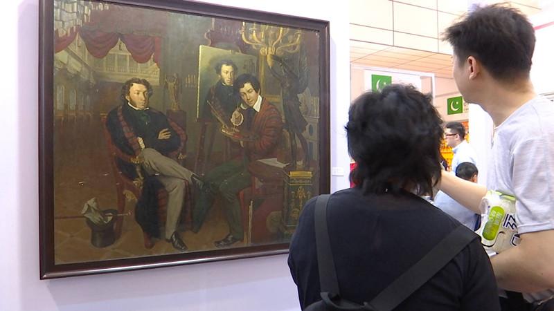 44秒丨博物馆级别古典油画《普希金与画家》惊艳亮相山东文博会