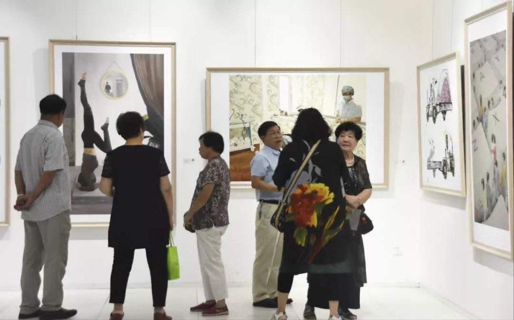 """""""烟台市庆祝中华人民共和国成立70周年美术作品展""""举办"""