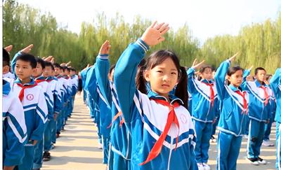 128秒|菏泽东明快闪《歌唱祖国》 表达对祖国最深沉的爱