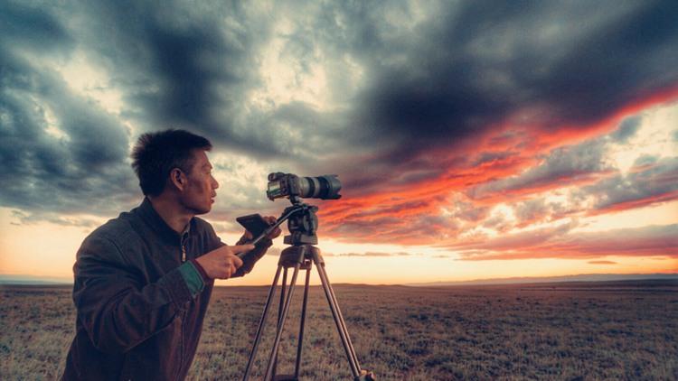 《主人翁 逐梦路》第三集导演张晓鹤:面对他们,没理由不把工作做好