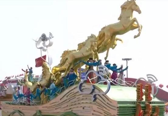 """骄傲!庆祝中华人民共和国成立70周年大会,看这些""""菏泽元素"""""""