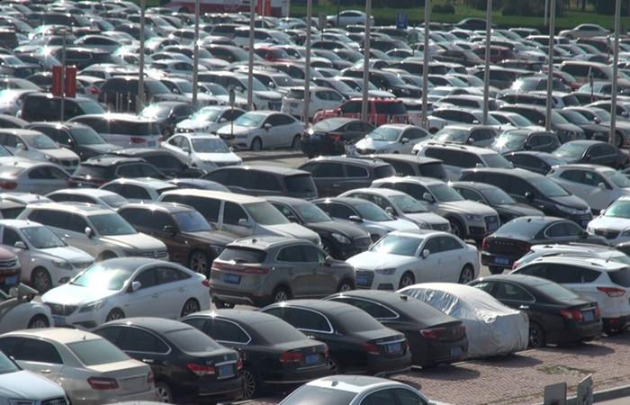 52秒 国庆假期前三天济南遥墙国际机场日均出行人数5万人左右