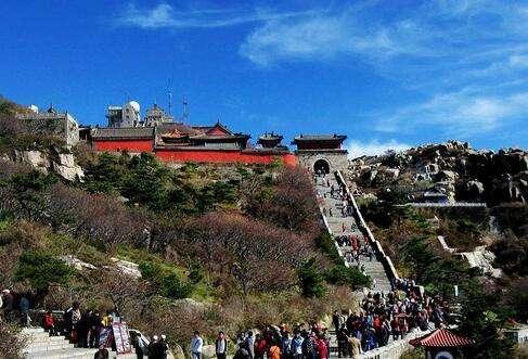 国庆期间38.6万游客游览泰山 生态旅游成泰安旅游重要名片