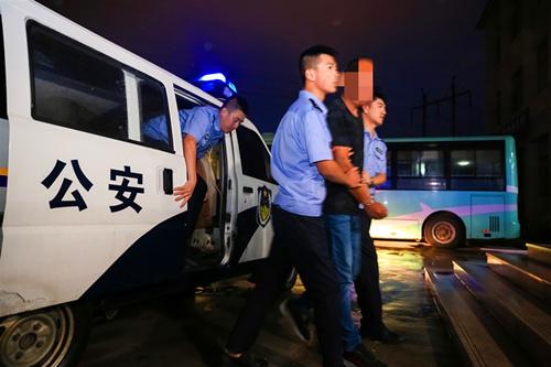 法网恢恢!平度一名刑拘在逃人员在秋冬严打整治攻势中落网