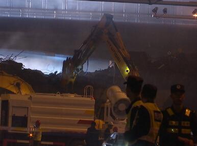 闪电新闻直击|无锡312国道救援工作已结束交通管制路段明早恢复通车