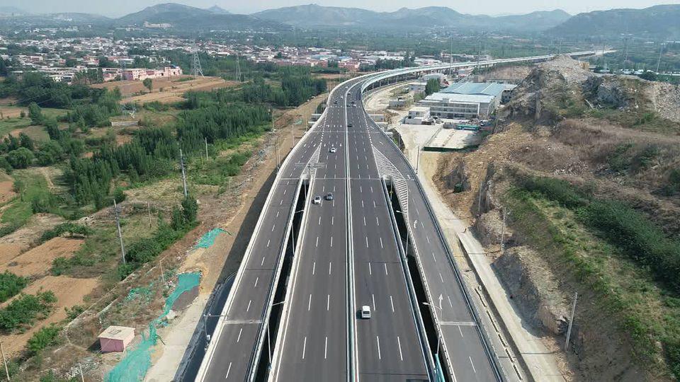 40秒丨明年9月底竣工!济南二环西路南延地面道路将拓宽至60米