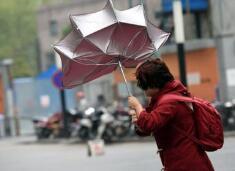 海丽气象吧|山东连发两个大风预警信号 全省降温6~8℃