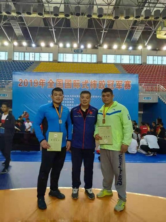 聚焦2019全国国际式摔跤冠军赛 古典式摔跤山东队员收获三金