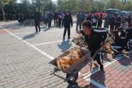 潍坊举办首届农民趣味运动会邀请赛 16支代表队参赛
