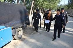 """聊城东阿一男子经营非法流动""""加油站"""",行拘12天、车辆扣押"""