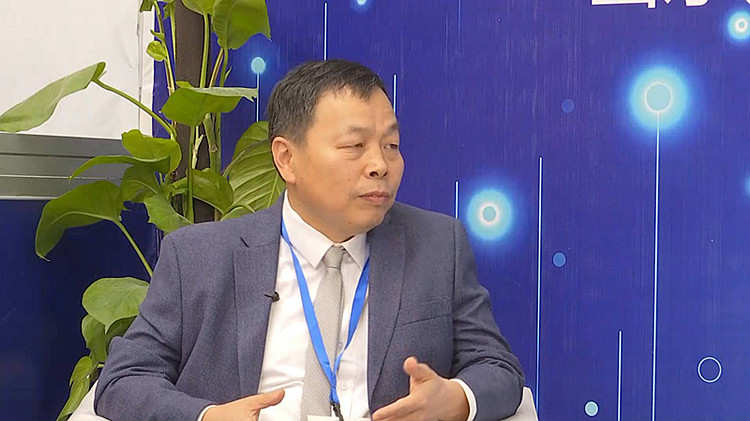 2019新动能·青岛展览洽谈会丨利特纳米董事长侯士峰:学习先进理念,更要有特色和自信