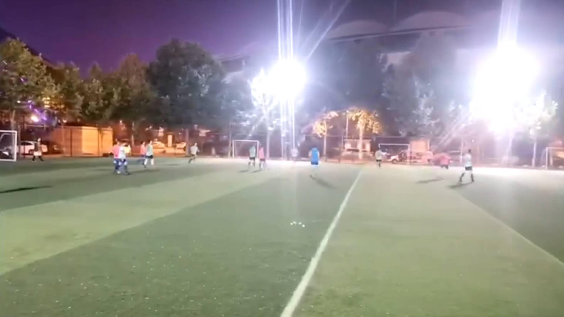 足球赛还差6分钟却被强制关灯? 省体育局局长:我也想不通