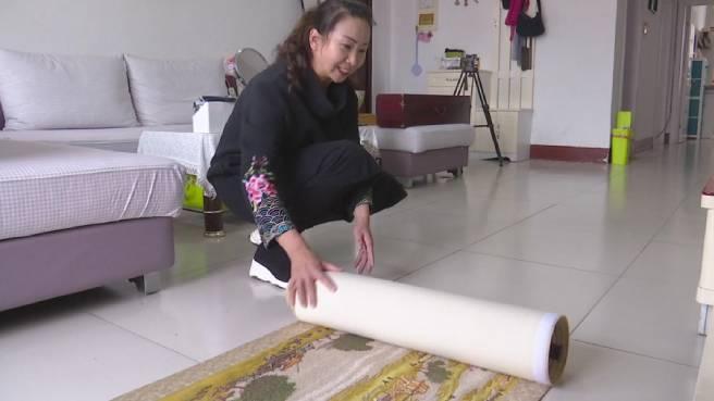 75秒丨德州女子两年半绣成6.52米《清明上河图》长卷 人物就有500多个