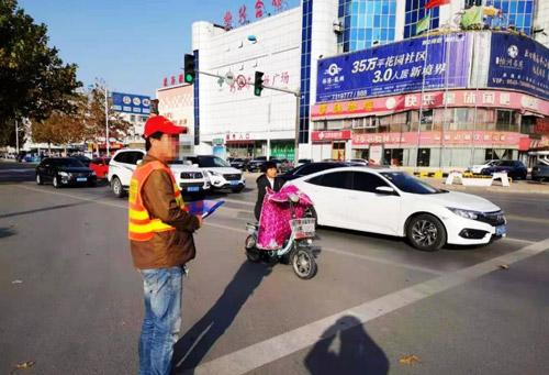 """滨州沾化交警出新招!让""""交通违法者""""转为""""文明劝导人"""""""