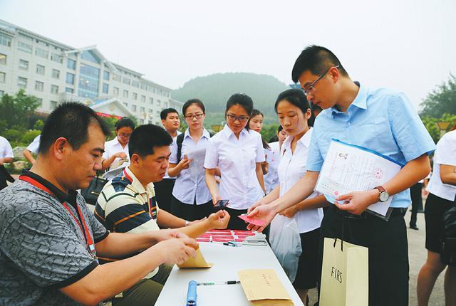 菏泽鄄城籍在外工作人员返乡政策明确!符合这些条件可安排工作