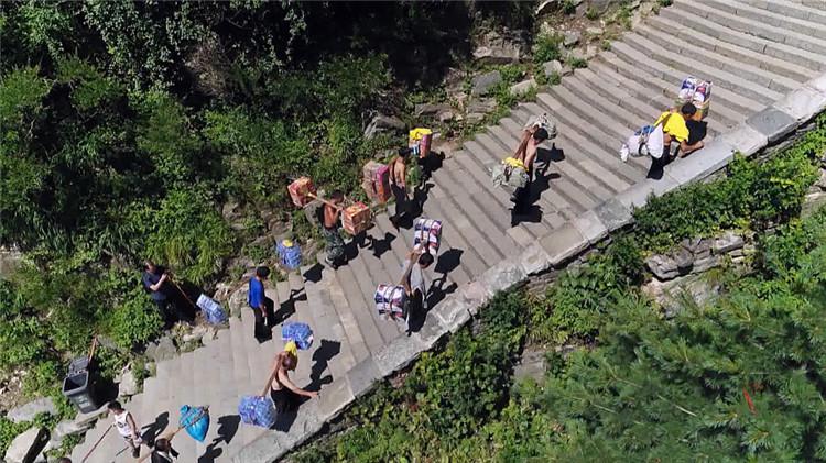 纪录片《攀登的脊梁》精彩内容抢先看!99秒视频每一帧都让你泪目…