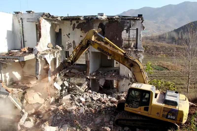 47秒丨再拆1万平!济南琵琶岛度假生态园8栋违建别墅被拆