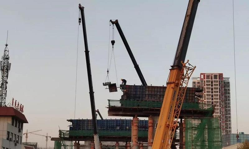 济宁主城区跨线桥工程提速推进 火炬路跨线桥本月实现桥下通车
